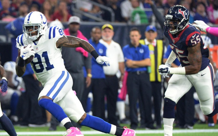 Colts sobreviven en Houston