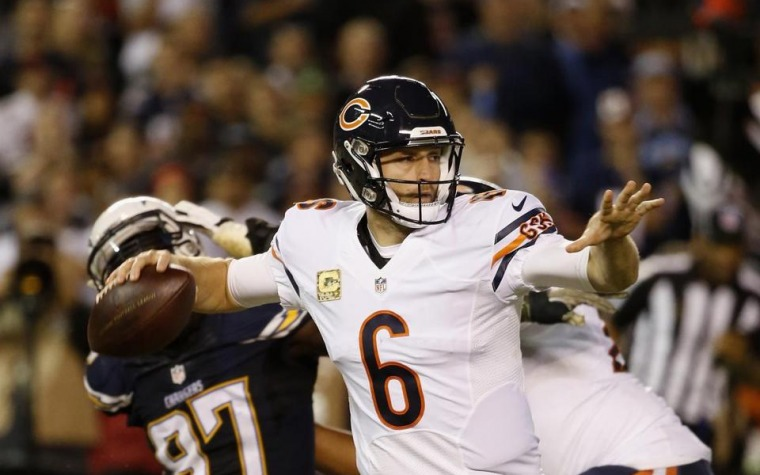 Bears remontan y vencen a los Chargers