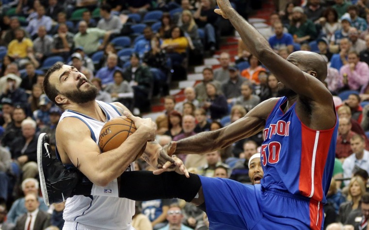 Joel Anthony regesa a Detroit