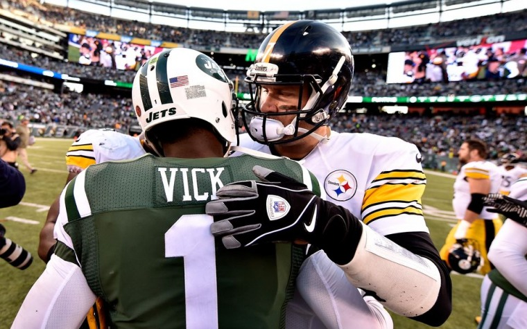 Steelers firman a Michael Vick